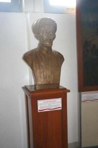 Patung KH Ahmad Dahlan koleksi Museum Perjuangan Yogyakarta